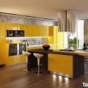 18-Yellow-kitchen-600x428