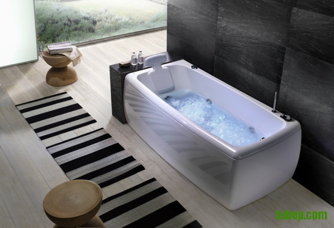 soft-angles-bathtub-665x454