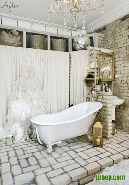 stylish-bathrooms-with-brick-walls-and-ceilings-13