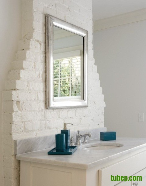 stylish-bathrooms-with-brick-walls-and-ceilings-20