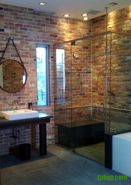 stylish-bathrooms-with-brick-walls-and-ceilings-41