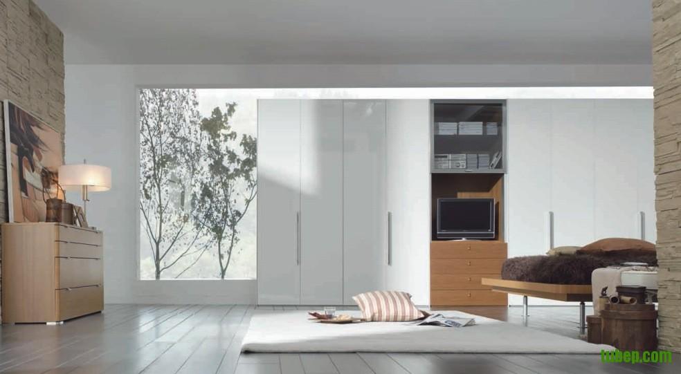 modern-white-wardrobe
