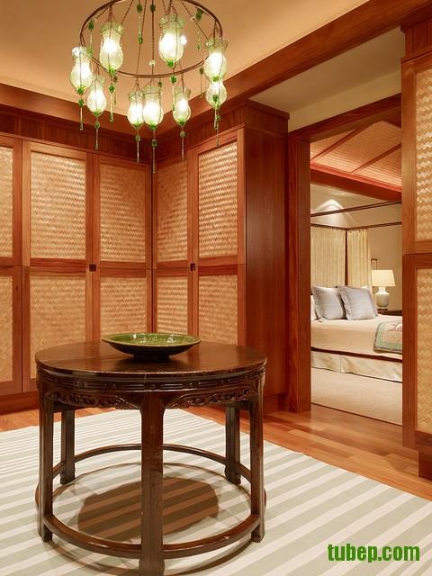 tropical-closet