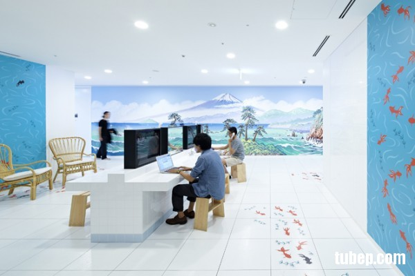26-modern-office-koi-decor-600x400