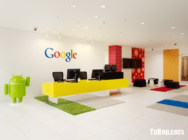 1-Google-office-reception-primary-colors-600x449