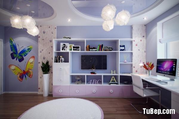 3-Purple-girls-bedroom-600x399