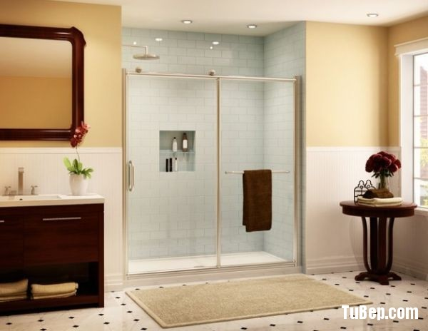 Smart-shower-enclosure-with-sliding-doors-ideal-for-small-ba-0f630