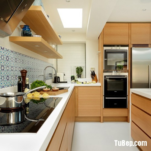 White-Worktop-and-Wood-Kitchen-5590-8665-1400029548