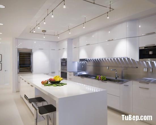 78d10a2e0fcfde7f_0880-w550-h440-b0-p0-modern-kitchen