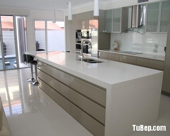 bd018d1d03ce1fdb_2077-w550-h440-b0-p0-modern-kitchen