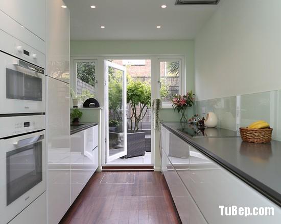 d8013cf306e05465_0410-w550-h440-b0-p0-modern-kitchen