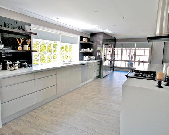 0f7109e603a8a853_2073-w550-h440-b0-p0--modern-kitchen