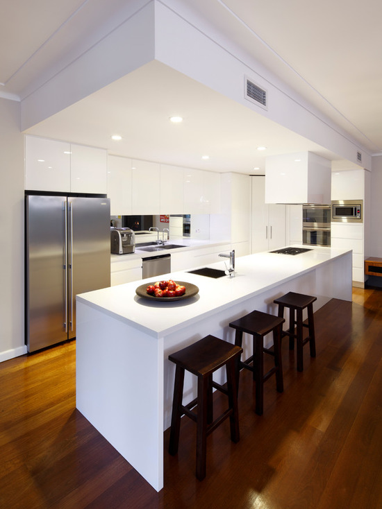 1971f1ed038e767f_5393-w550-h734-b0-p0--modern-kitchen