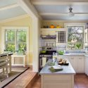 5e51042d04c14580_1790-w550-h440-b0-p0--traditional-kitchen