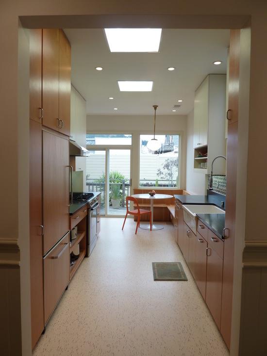 7781ed6d0b7064b8_1000-w550-h734-b0-p0--modern-kitchen
