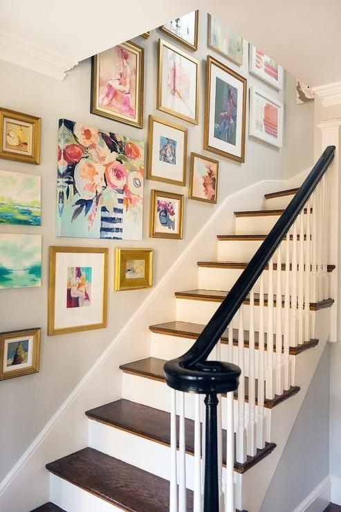 eclectic-salon-style-art-gallery-doesnt-overwhelm-this-graceful-staircase2-1-164650225