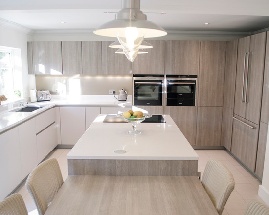 95619ee40790d39e_0908-w550-h440-b0-p0--modern-kitchen (1)