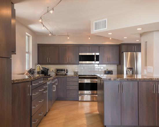 f98172cb0592d1e0_3921-w550-h440-b0-p0-q93--modern-kitchen