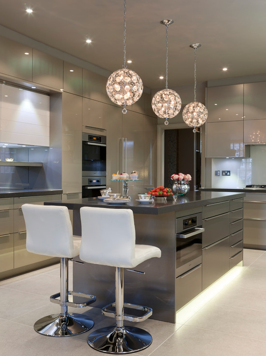 31010028043e84f1_9107-w550-h734-b0-p0--contemporary-kitchen