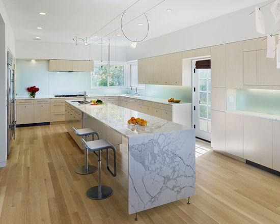50a1ee840085a2d7_0443-w550-h440-b0-p0--modern-kitchen
