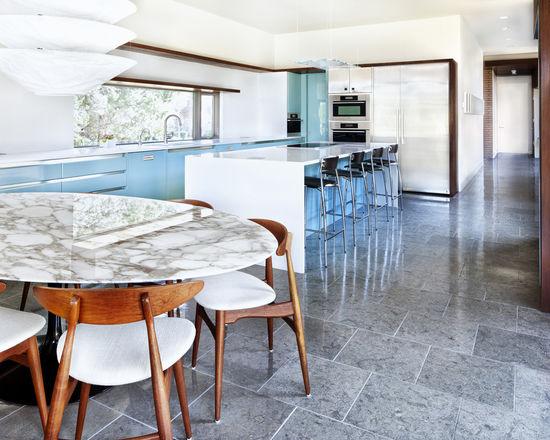 a4d18feb0e4bf279_1569-w550-h440-b0-p0--modern-kitchen