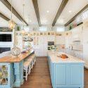 27516f6c086294af_4226-w550-h440-b0-p0-q93--beach-style-kitchen