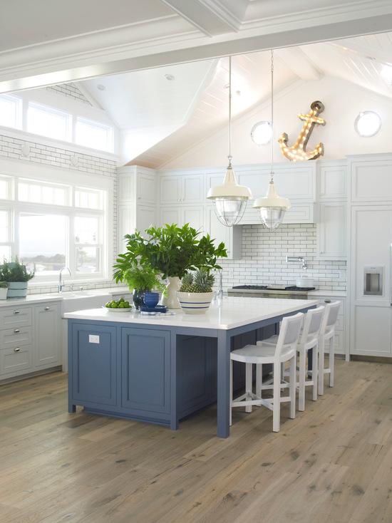 9591b04b0488f6da_3406-w550-h734-b0-p0--beach-style-kitchen