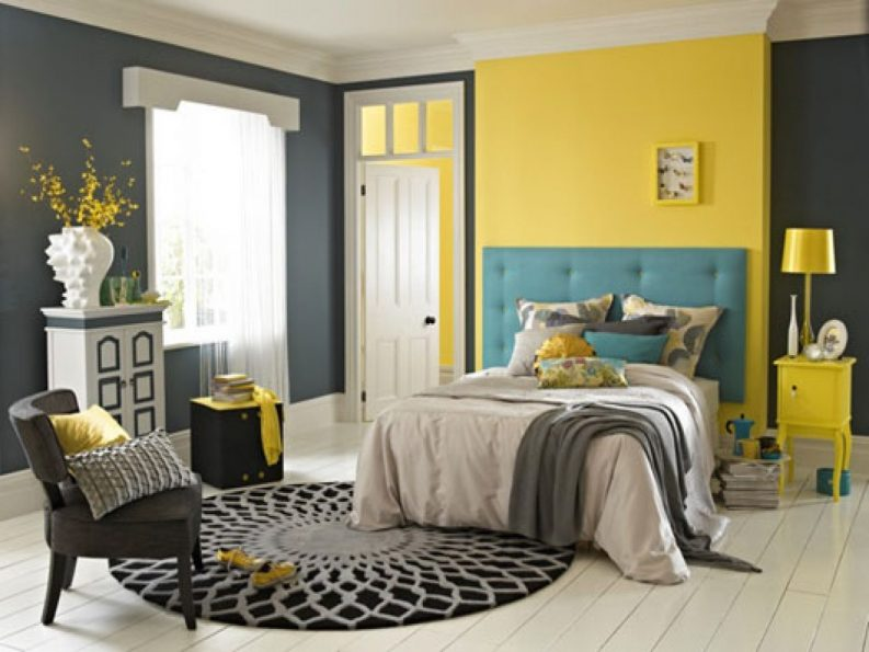 grey-and-yellow-bedroom-sets-white-and-grey-wall-paint-pink-wooden-side-table-white-wooden-side-table-pink-stripe-sofa-vintage-floral-wallpaper-793x595