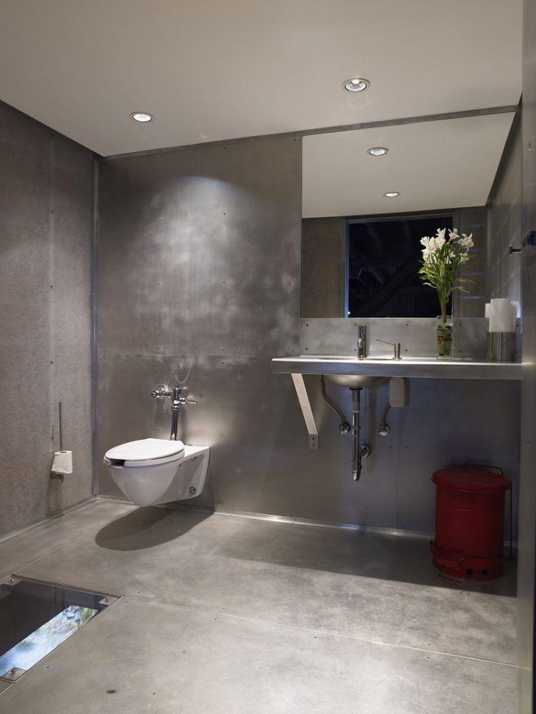 industrial-bathroom (4)