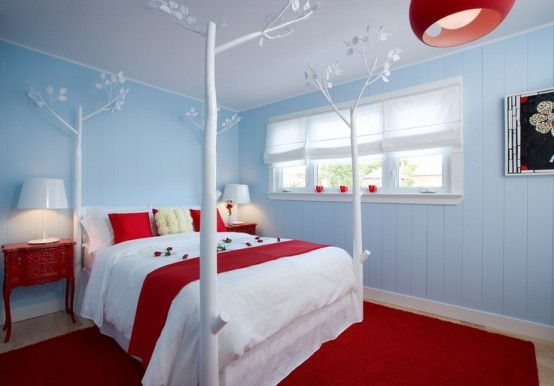 red-accents-in-bedrooms-15-554x386