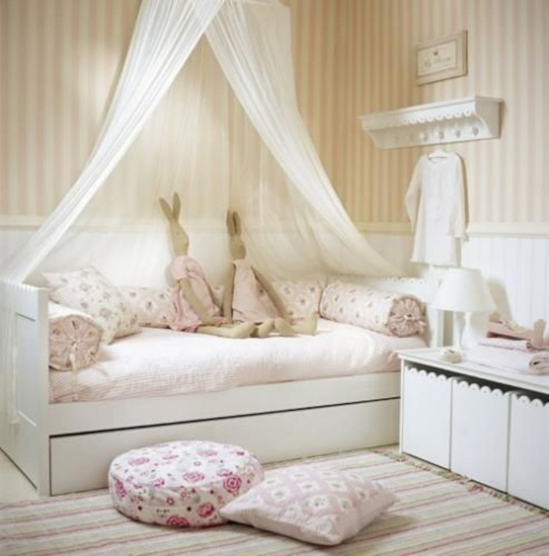 charming-kids-bedroom-decor-idea-55-1533699234479794408774
