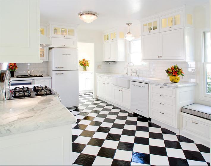12-cozinha-piso-preto-branco-15305839126892033549106